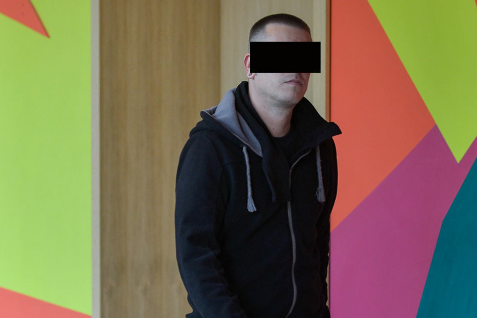 Der Angeklagte Mario M. (35) am Dresdner Amtsgericht
