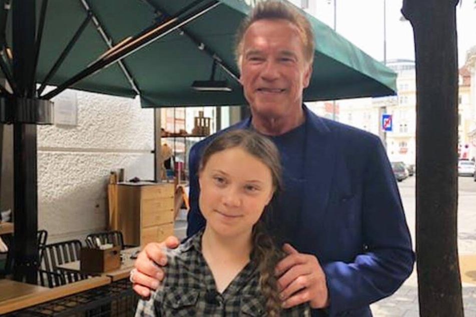 Arnold Schwarzenegger (71) und Greta (16) im Kampf vereint.
