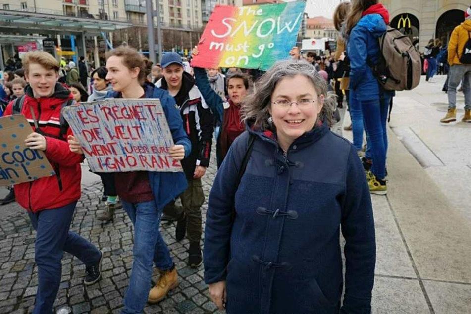 Eva Jähnigen (53, Grüne) mischt bei den Protesten mit - allerdings als Rednerin, nicht als Protestierende.