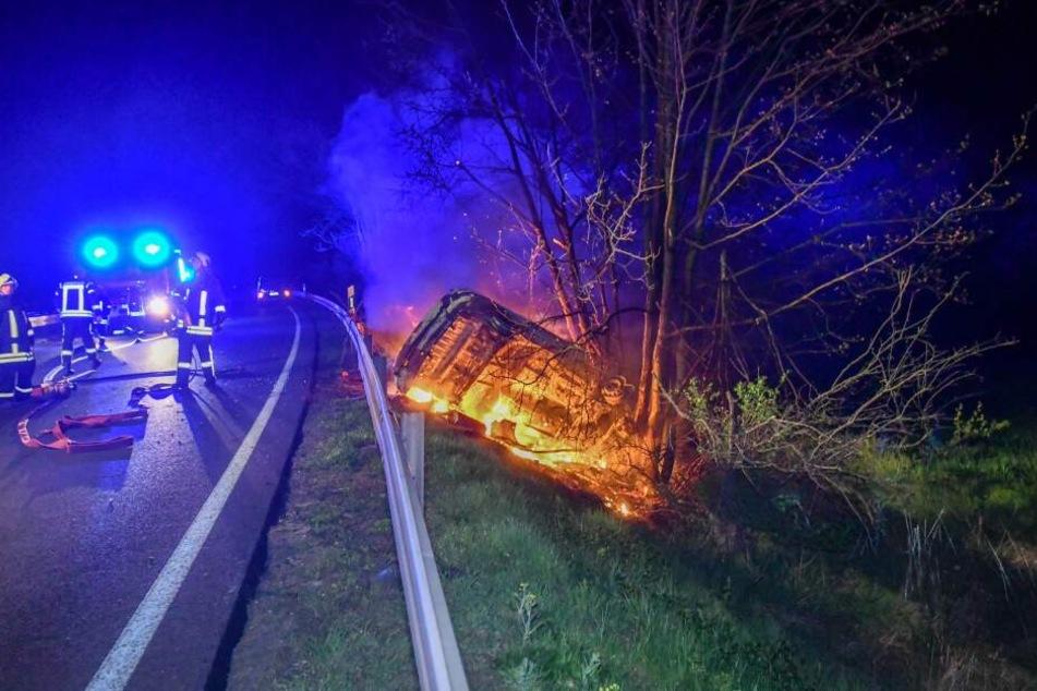 Heftiger Unfall auf der B81 bei Langenweddingen.