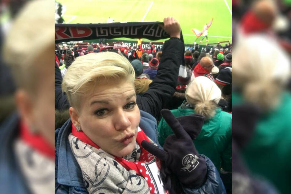 Mit diesem Post aus dem Stadion sorgte die Blondine mal wieder für einen ordentlichen Shitstorm.