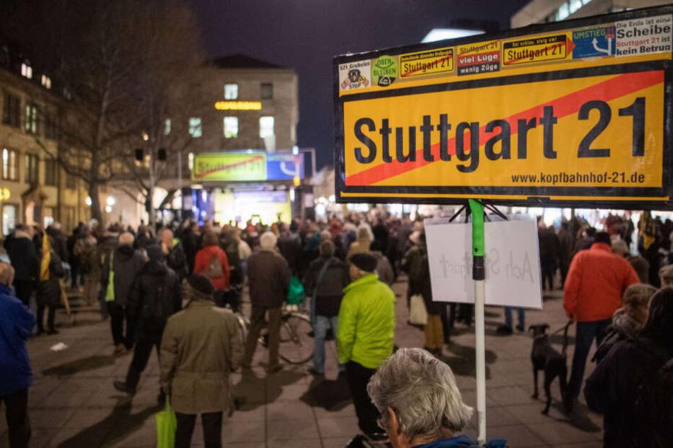 27. Januar 2020: Teilnehmer bei der 499. Demo am vergangenen Montag.