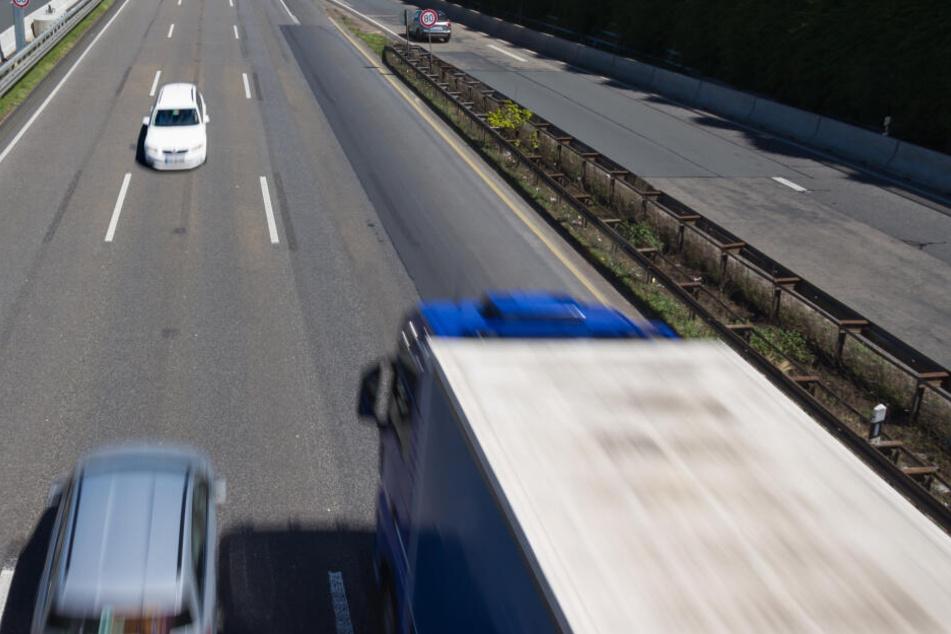 Der alkoholisierte 39-Jährige war falsch auf die A45 in Richtung Haiger aufgefahren (Symbolbild).