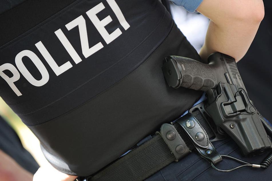 Aktuell finden mehrere Durchsuchungen in Erfurt statt. (Symbolbild)