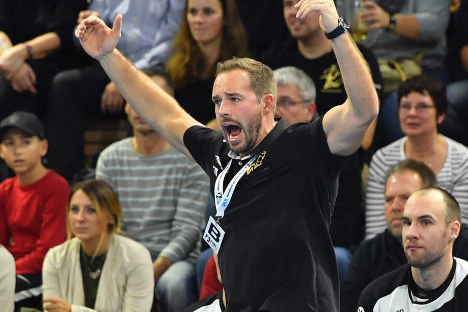 HCE-Coach Christian Pöhler arbeitete, kämpfte und litt an der Seitenlinie mit.