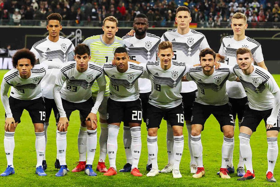 Insgesamt sieben Spieler in der DFB-Startelf waren 23 Jahre alt oder noch jünger.