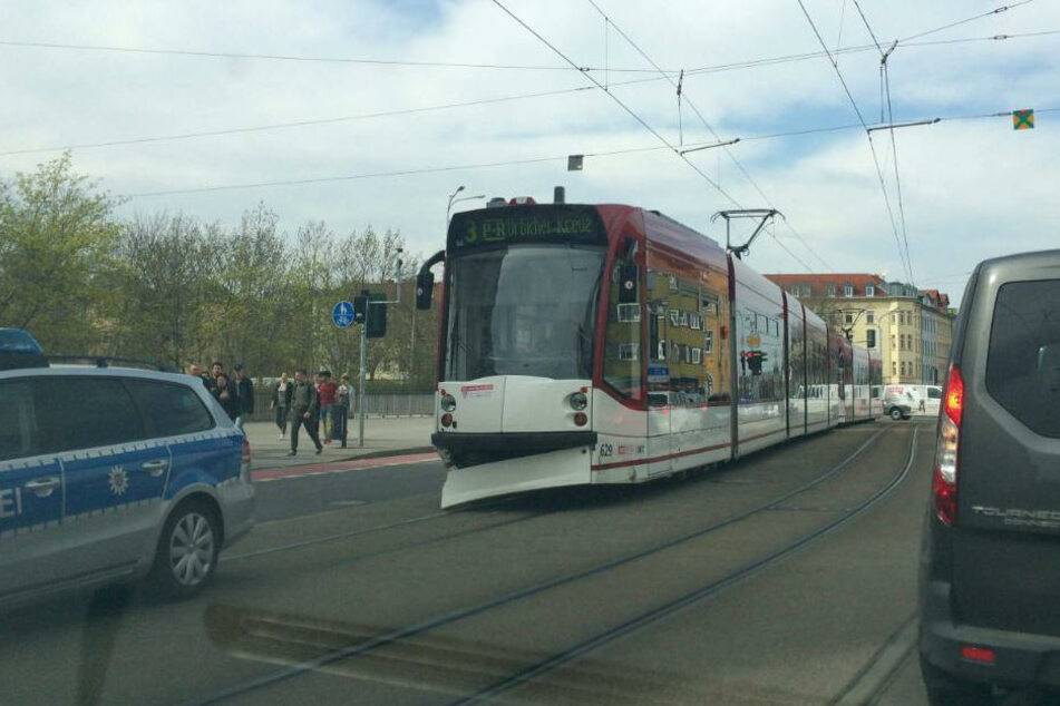 Die Bahn war nach dem Unfall leicht lädiert.