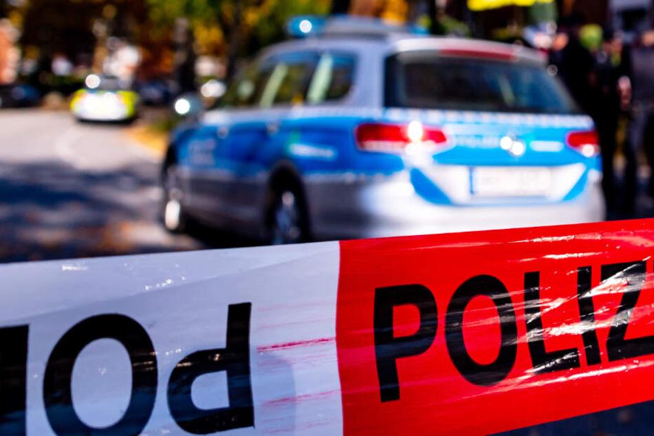 Die Polizei konnte den 78 Jahre alten Mann nach der Tat festnehmen. (Symbolbild)