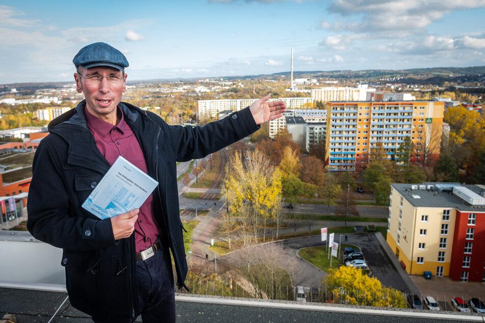 Norbert Engsts (37) Buch über das Heckert-Gebiet gewann den Sächsischen Landespreis für Heimatforschung. In einem Rundgang zeigte er die spannendsten Ecken.