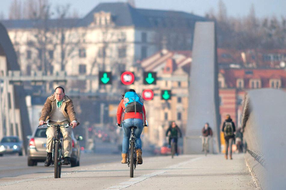 Die Zahl der Brückenradler stieg in den letzten zehn Jahren um 60 Prozent.