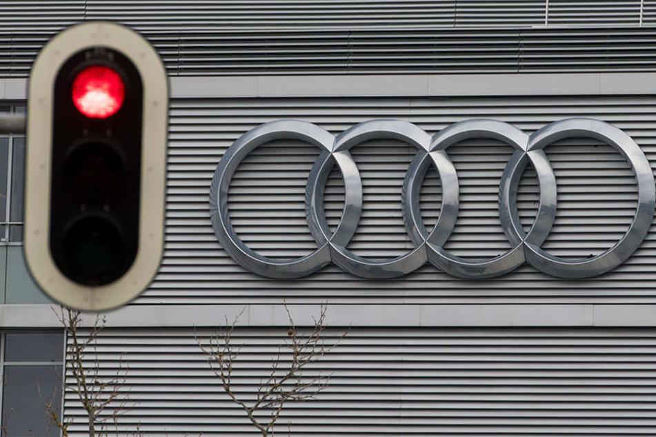 Wieder rücken Staatsanwälte in Zusammenhang mit der Abgas-Affäre bei Audi aus.
