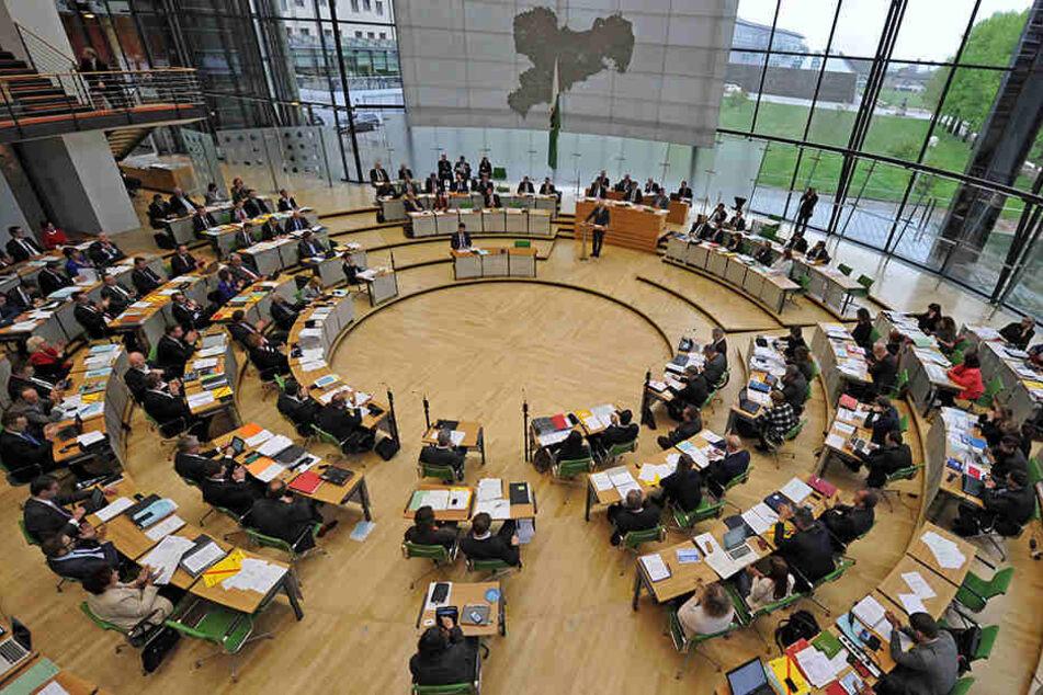 Alle Fraktionen im Landtag setzten sich am Donnerstag für die Stärkung des Justizstandortes Leipzig ein. (Archivbild)