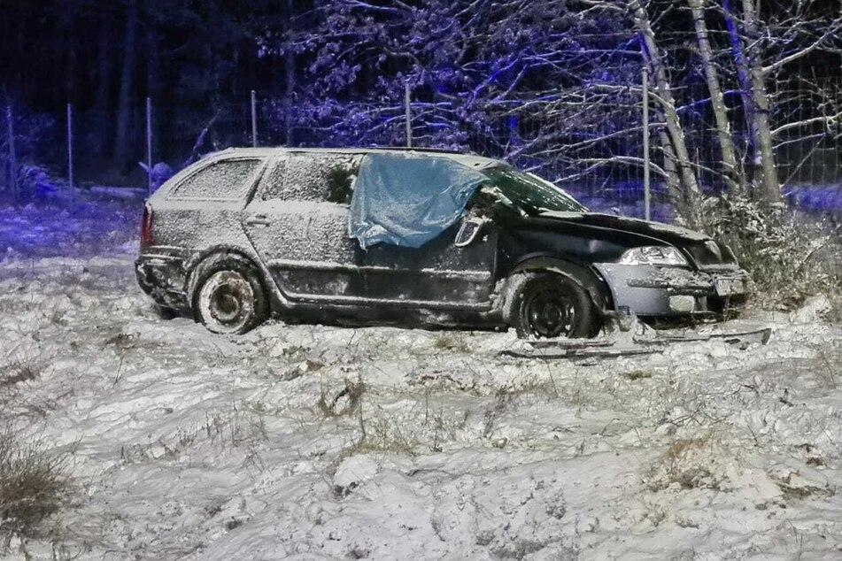 Auf der A2 bei Wollin kam ein Autofahrer von der Fahrbahn ab und überschlug sich.