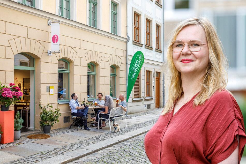"""Sandra Coym (42), Inhaberin des """"Ateliers für Einzelstücke"""" (Bildmontage)."""