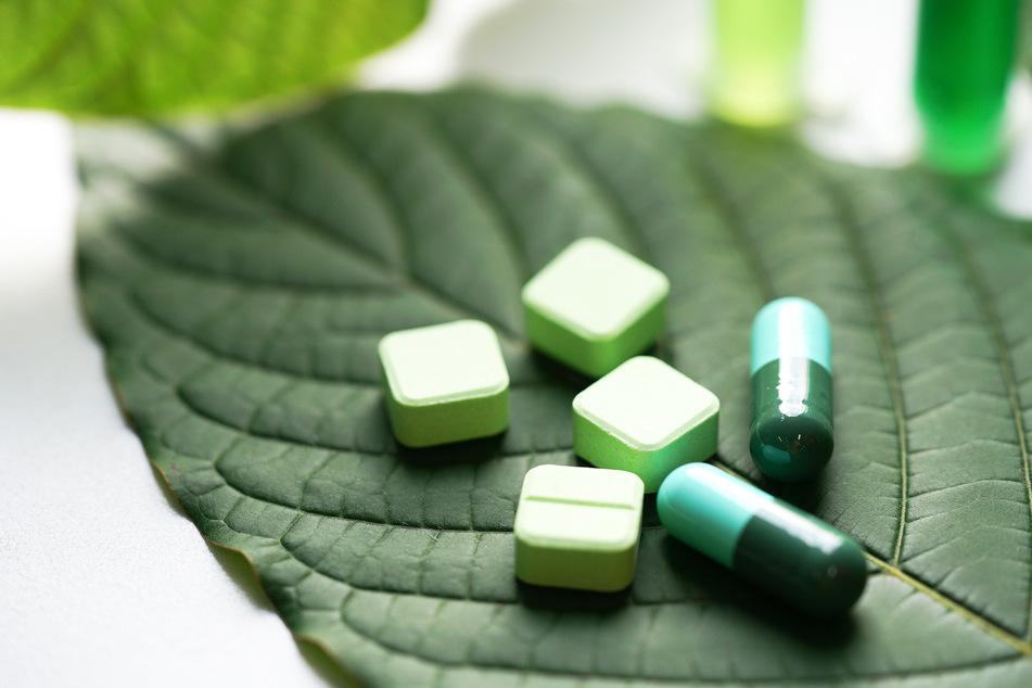 Kratom ist ein pflanzlicher Entzugsstoff, der offenbar auch abhängig machen kann. (Symbolbild)