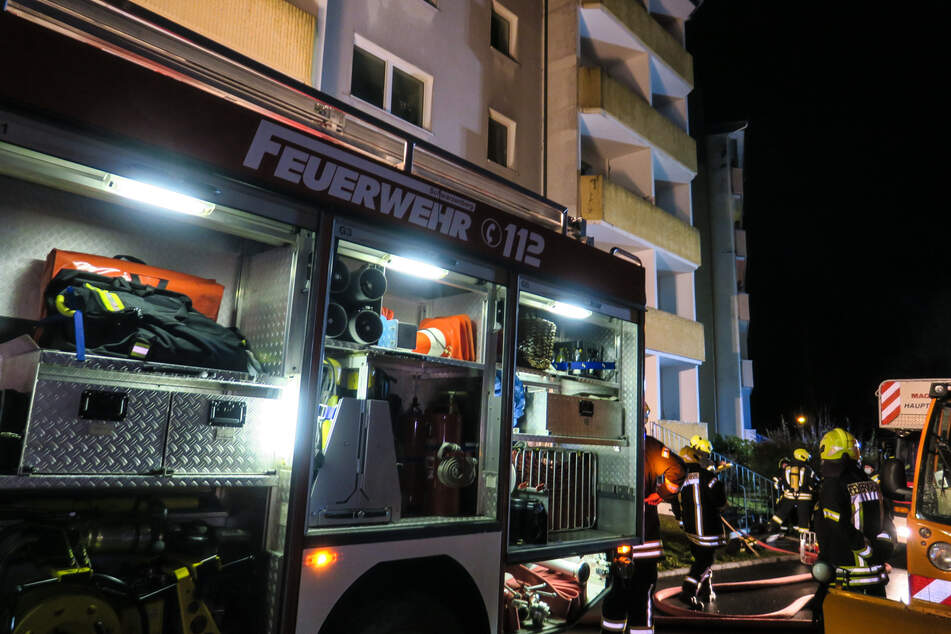 Am Mittwochabend musste die Feuerwehr in Schwarzenberg zu einem Brand in einer Wohnung ausrücken.