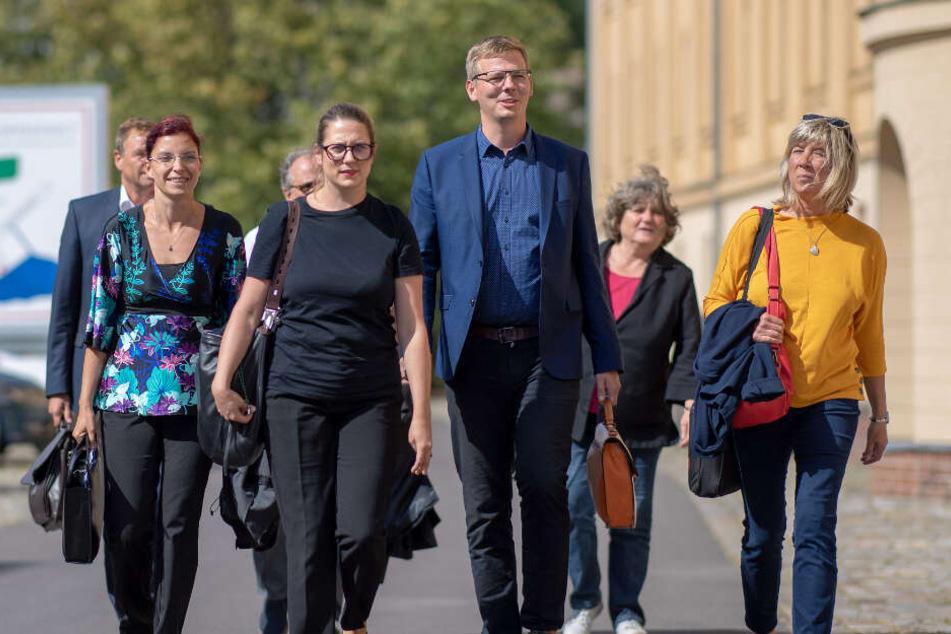 Gong im Spiel um die Macht erklingt: SPD pokert mit Grünen und Freien Wählern