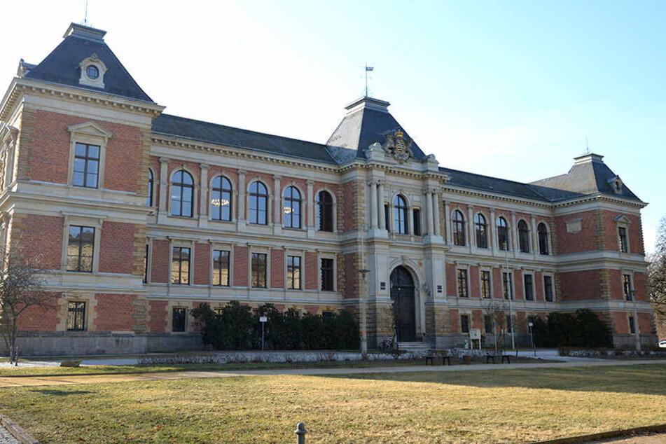 Der Prozess sollte am Landgericht Zwickau neu aufgerollt werden, aber der Angeklagte erschien nicht.