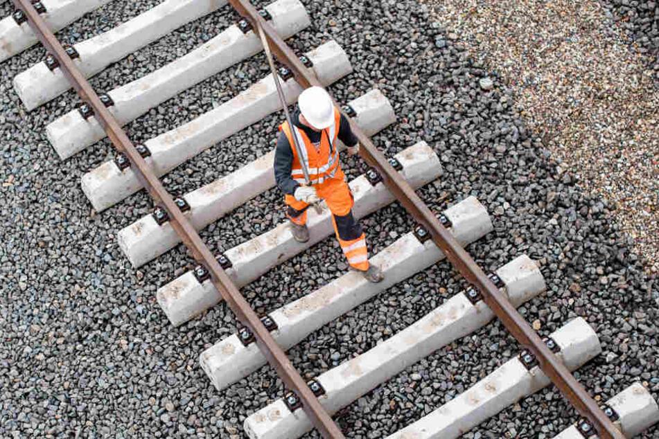 Bauarbeiten bringen an Feiertagen Probleme für Bahnfahrer