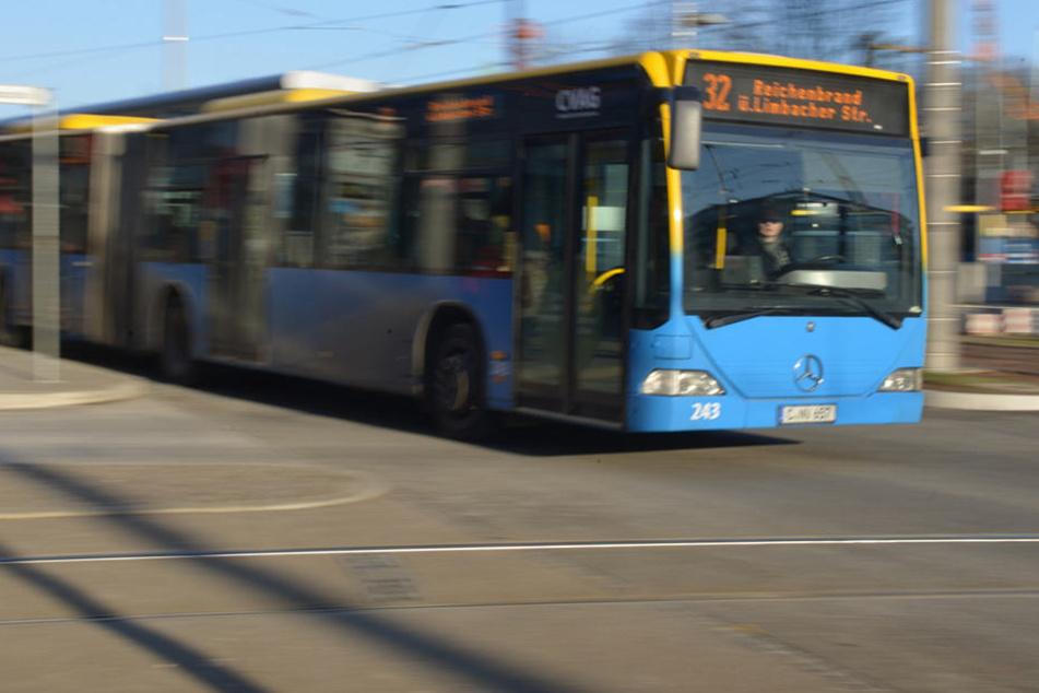 Bei der CVAG arbeiten rund 600 Mitarbeiter. Der dringend Tatverdächtige Tibor K. (58) fuhr hauptsächlich Busse durch Chemnitz.