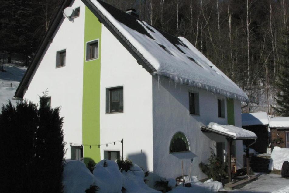 In dieses Einfamilienhaus im Pobershauer Wiesenweg wollte ein Ganove  einsteigen.