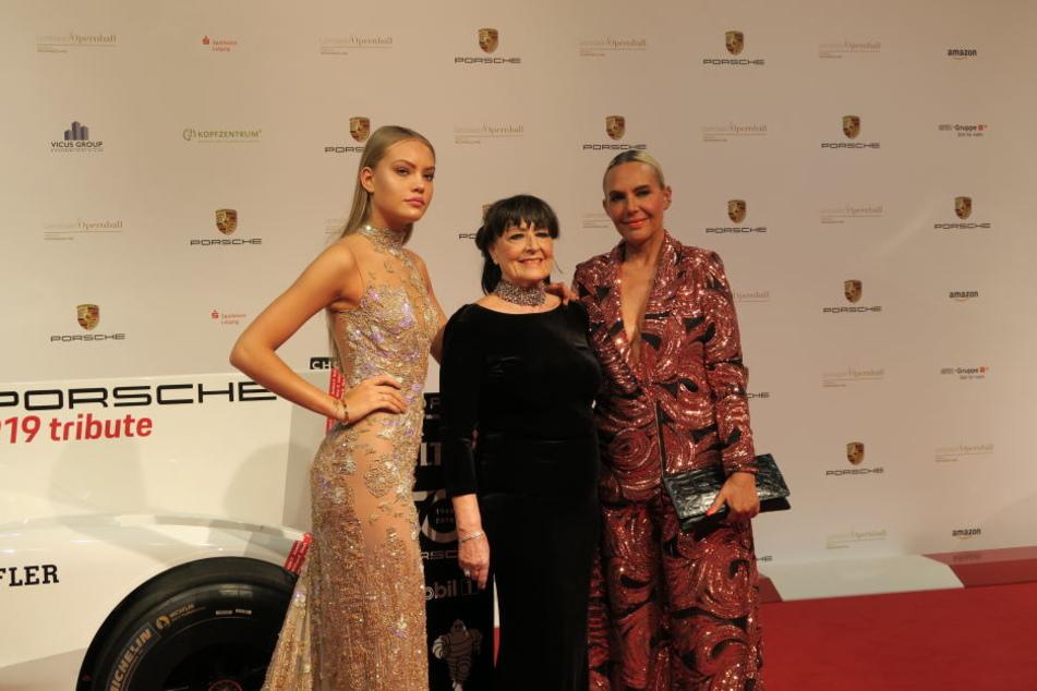 Mädelsabend bei den Ochsenknechts: Model-Tochter Cheyenne, Mama Bärbel Wierichs und Natascha Ochsenknecht.