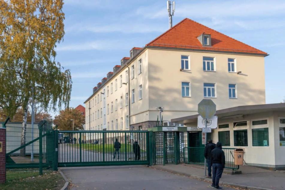 Die Chemnitzer Polizei musste in der Erstaufnahme-Einrichtung am Adalbert-Stifter-Weg für Schlichtung sorgen. (Archivbild)