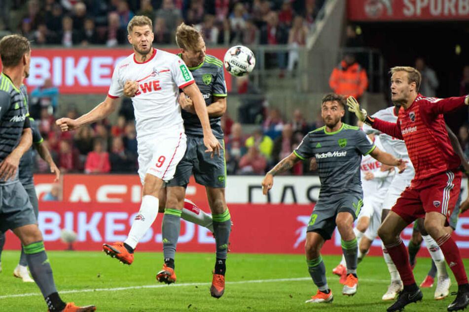 Simon Terodde erzielt den 2:1-Siegtreffer.