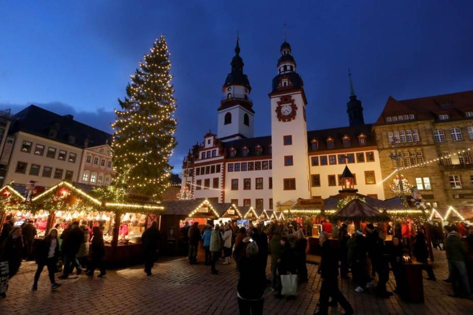 Der Chemnitzer Weihnachtsmarkt hat mit einem Minus von 100.000 Euro abgeschlossen.
