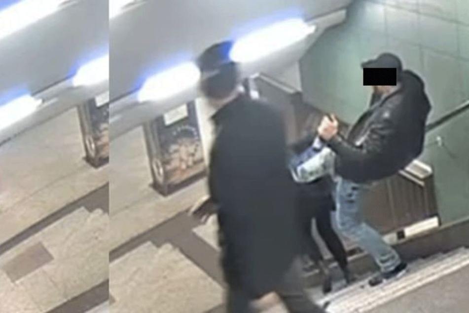 Mit einem Tritt in den Rücken wurde eine junge Frau am U-Bahnhof Hermannstraße die Treppe heruntergestoßen.