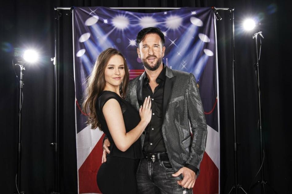 Michael Wendler (47) und Freundin Laura Müller (18) sind wohl die bekanntesten unter den diesjährigen Promis und sorgen von Anfang an für Gesprächsstoff.