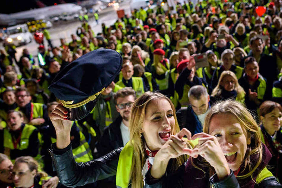 Nach Air-Berlin-Aus: So geht es für Hunderte Mitarbeiter weiter