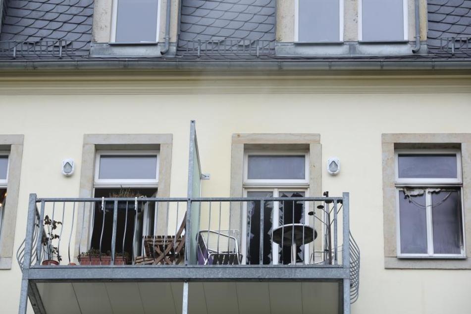 In einem Hinterhaus am Bischofsweg brannte am Freitag eine Einraumwohung.