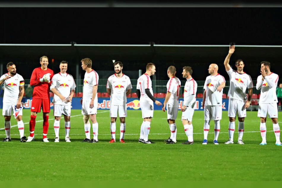 Die Gründungself von RB Leipzig holte sich den klaren Sieg mit 13:3.