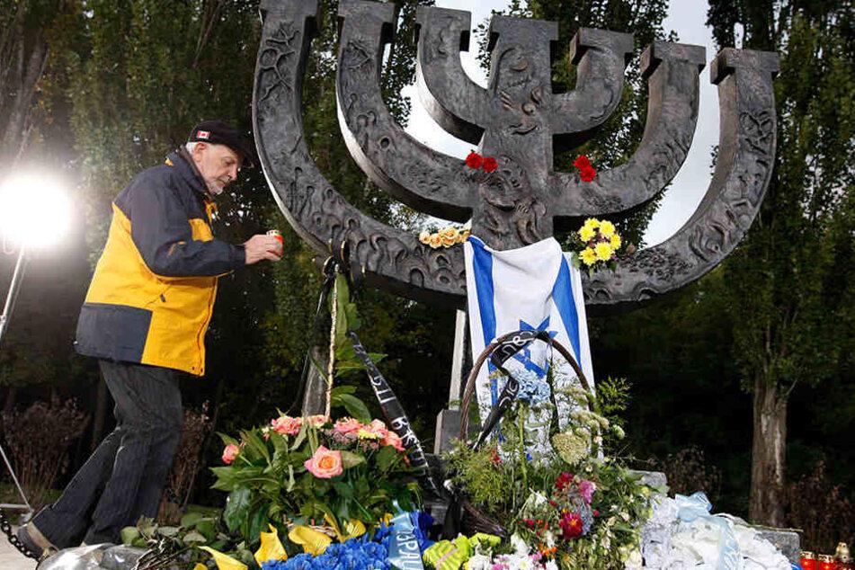 Jedes Jahr gedenken Tausende in Babi Yar den Opfern des Massakers.