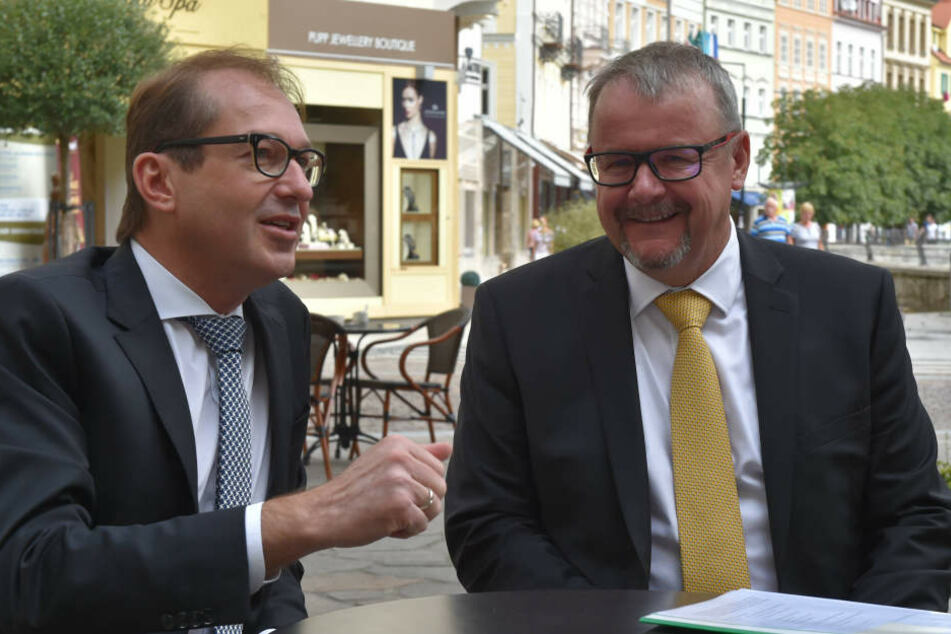 Der tschechische Verkehrsminister Dan Tok (re.) und sein Amtskollege Alexander Dobrindt (CSU).