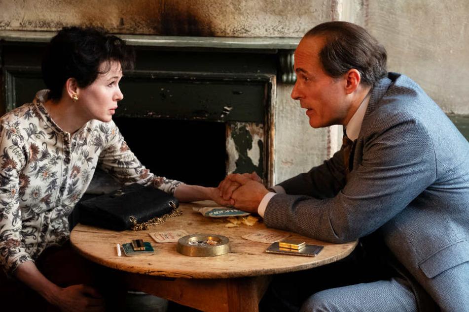 ...während die Kinder bei ihrem Ex-Mann Sidney Luft (Rufus Sewell) bleiben.