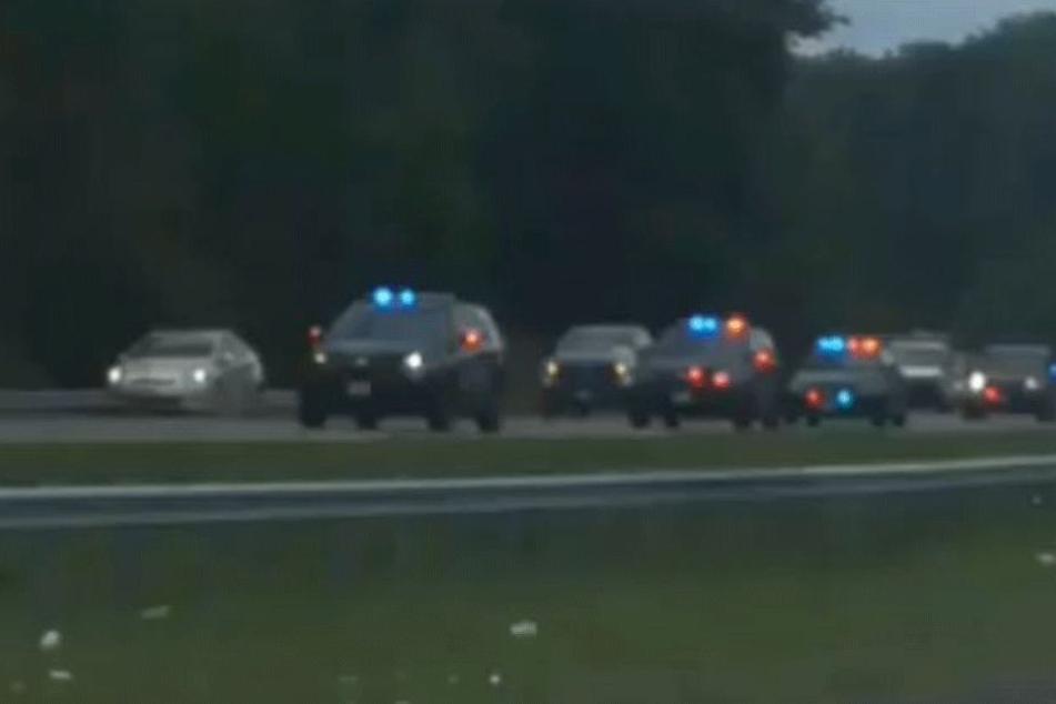 Bei Schüssen in einer Zeitungsredaktion in Annapolis sind vier Menschen ums Leben gekommen.