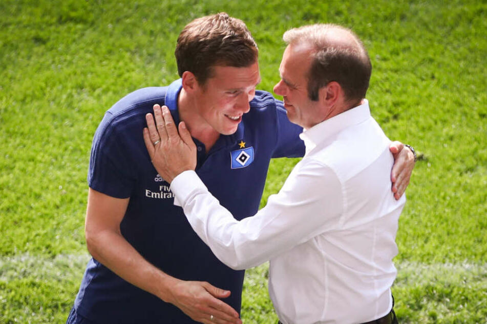 Nach der Partie verabschiedete sich der 38-Jährige auch von Vereinsboss Bernd Hoffmann.