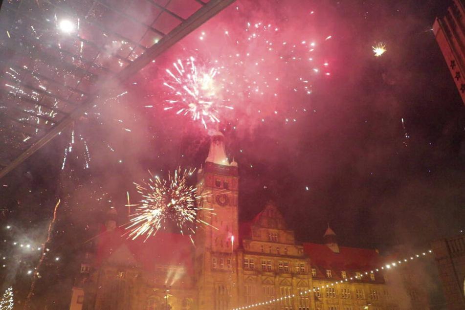 Feinstaub-Hochburg Chemnitz: Das Foto zeigt die Dunstwolke um das Rathaus.