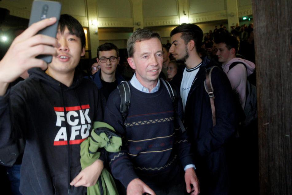 Uni wird für Vorlesung von AfD-Gründer Lucke zum Hochsicherheits-Trakt