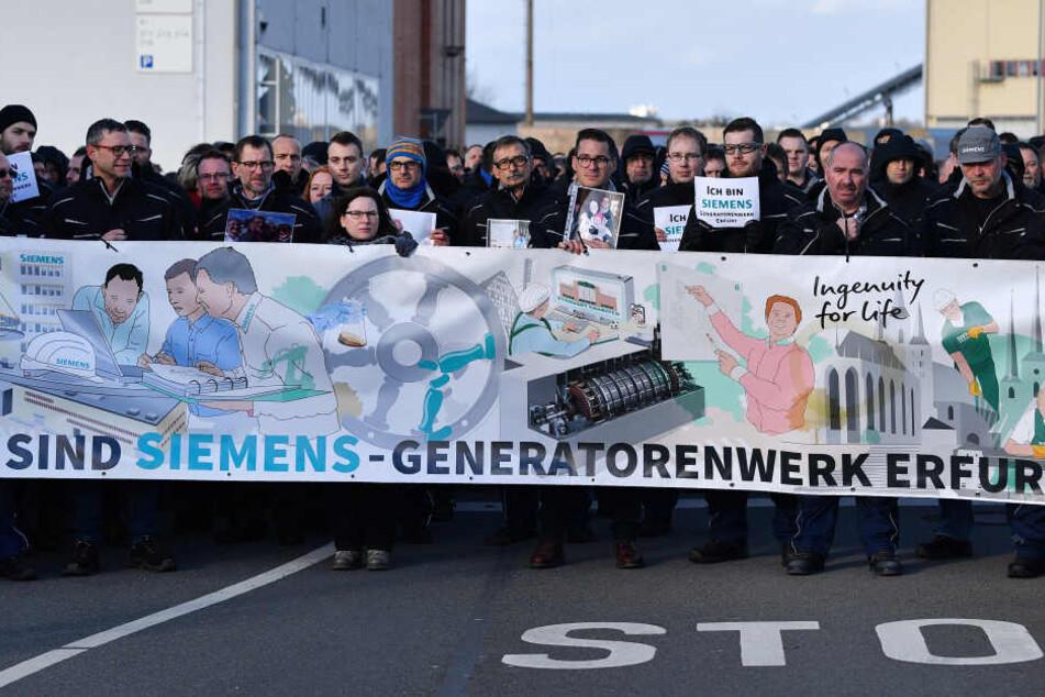 Am Mittwoch kamen erneut mehrere hundert Mitarbeiter für einen Protest zusammen.