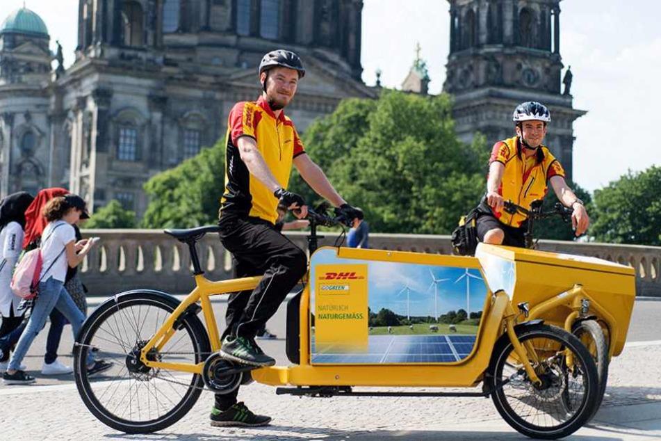 Sieben Lastenfahrräder sind ab sofort in mehreren Berliner Bezirken zur Paketauslieferung unterwegs.