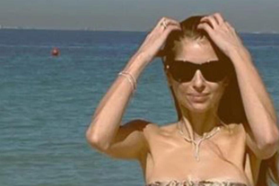 Cathy Hummels sendet sexy Bikini-Grüße, andere Spielerfrau antwortet sofort