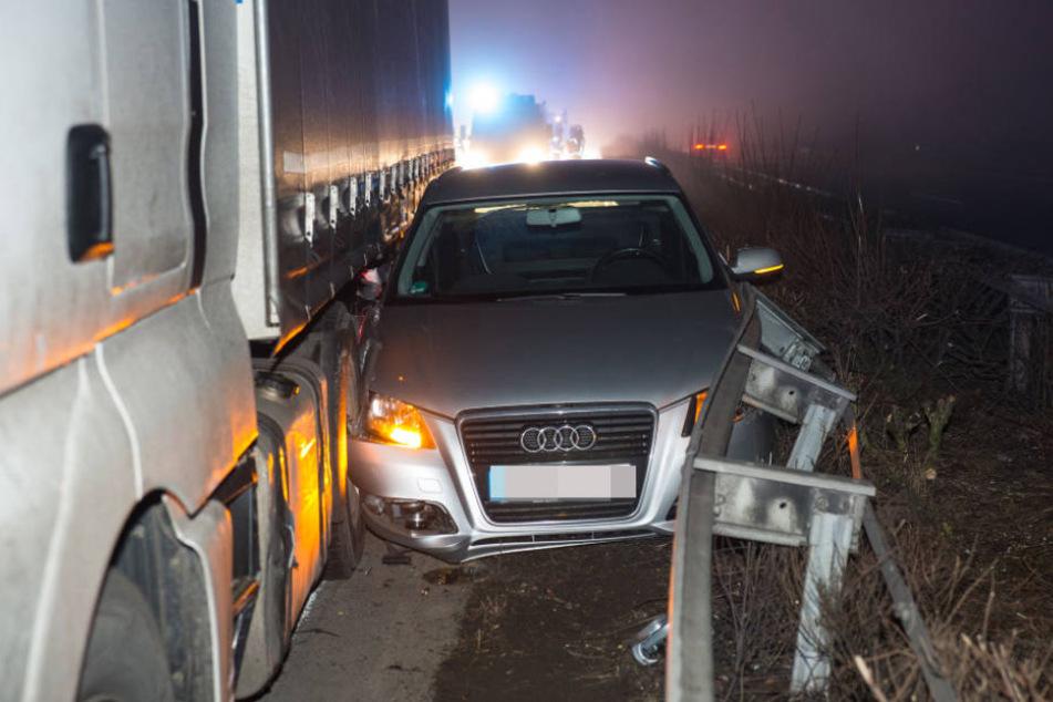 3,26 Promille! Betrunkener Lkw-Fahrer verursacht Unfall auf Autobahn