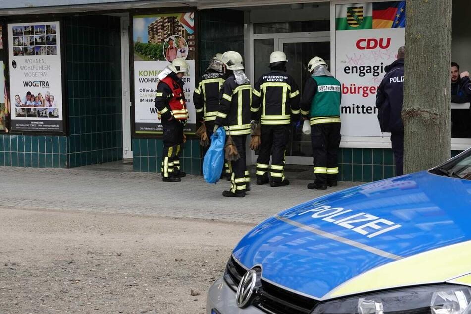 Eine Scheibe des CDU-Wahlkreisbüros von Andreas Nowak wurde eingeworfen, Flüssigkeit verteilte sich auf dem Boden der Räumlichkeiten.