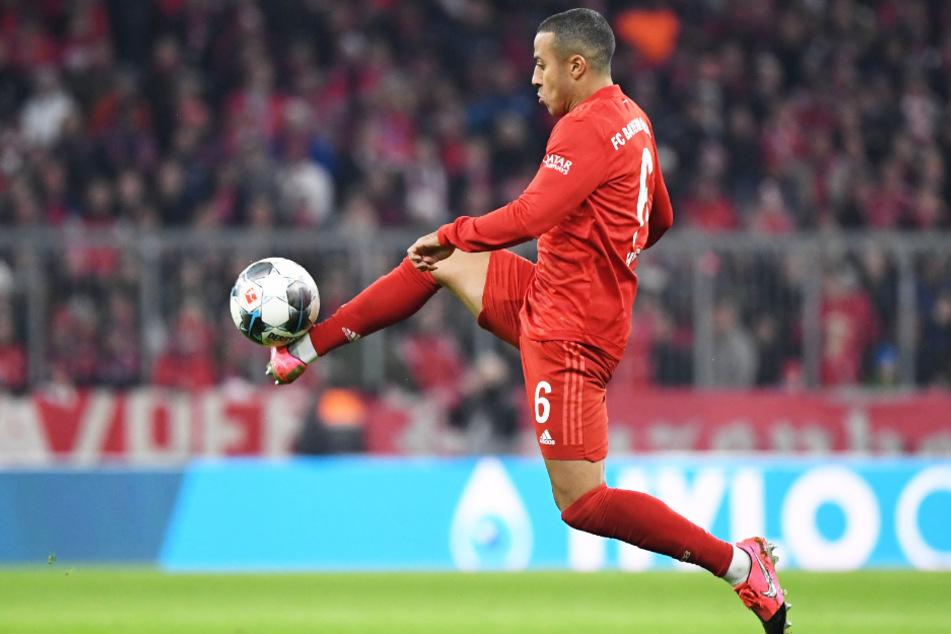 Thiago Alcântara (29) könnte seinen Vertrag beim FC Bayern München verlängern. Gibt es sogar ein Karriereende an der Säbener Straße?