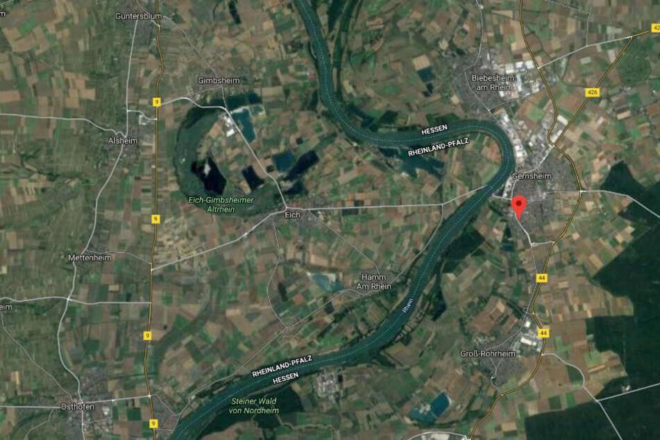 Der Einsatz derFeuerwehr fand in der Wormser Straße in Gernsheim statt.