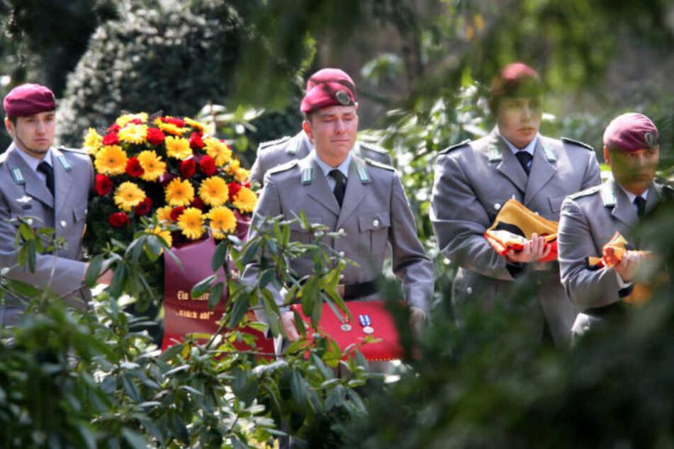 Unter Tränen wurde Martin Kadir Augustyniak im April 2010 zu Grabe getragen.