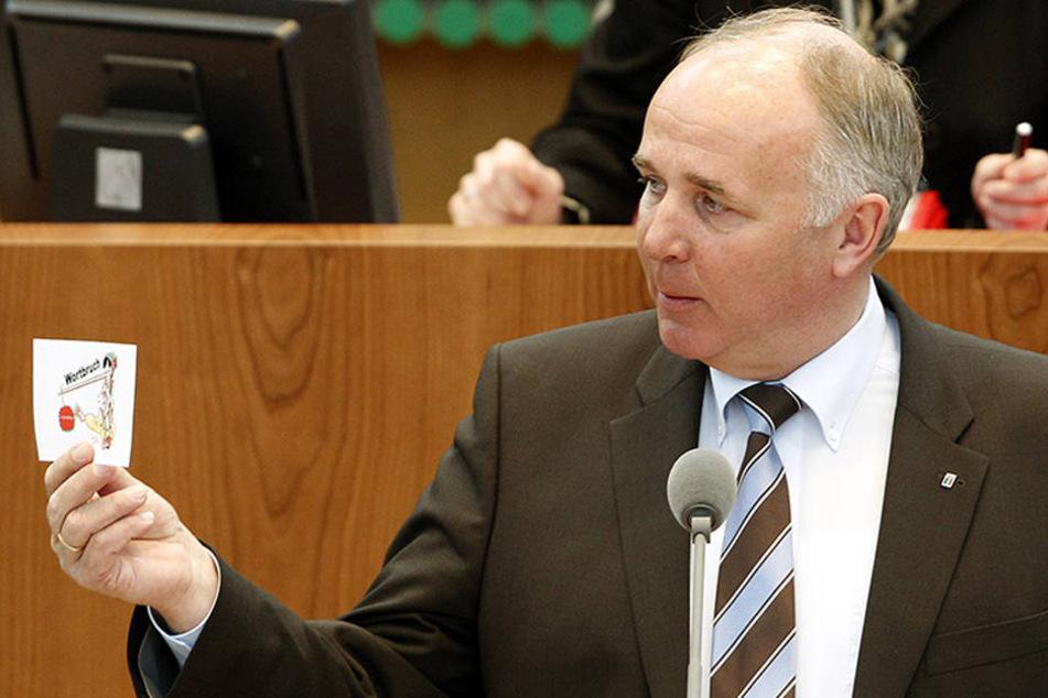 Werner Lohn von der CDU kündigte an, das Gesetz zur Frauenförderung kippen zu wollen.